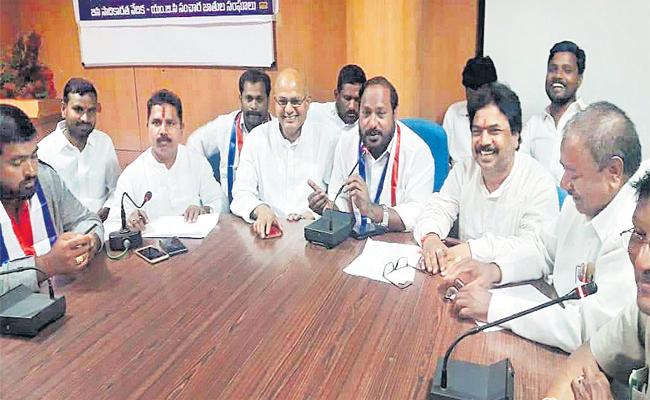 Jajula Srinivas Comments On Telangana Budget - Sakshi