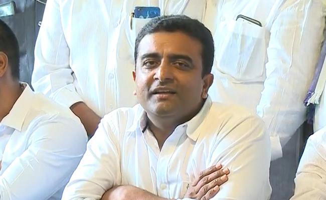 YSRCP Leader Kasu Mahesh Reddy Fires Chandrababu Over Palnadu Issue - Sakshi
