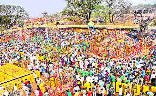 Medaram Sammakka Saralamma Jatara Approaching In Joint Warangal District - Sakshi