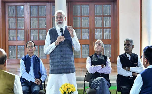 Narendra Modi Speech In Nripendra Misra Farewell At Delhi - Sakshi