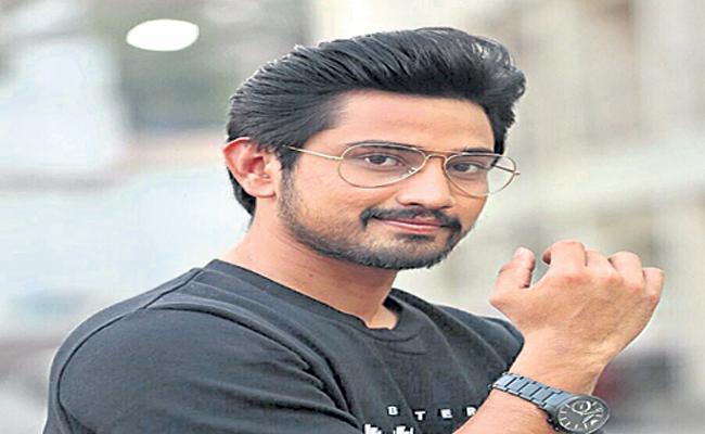 Young Hero Raj Tharun New Movie Title Is Orey Bujjigaa - Sakshi