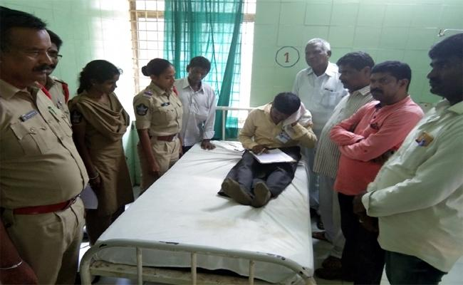 TDP Activists Attack On Grama Volunteer At Srikakulam - Sakshi