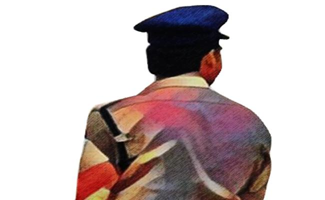 Constables did not getting women to marry - Sakshi