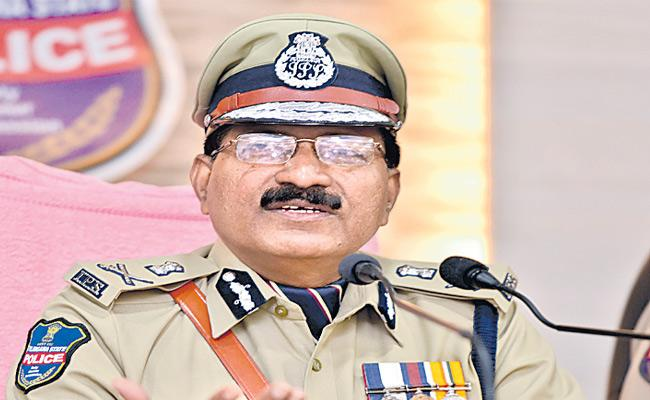 Telangana DGP Says All Set For Ganesh Immersion - Sakshi