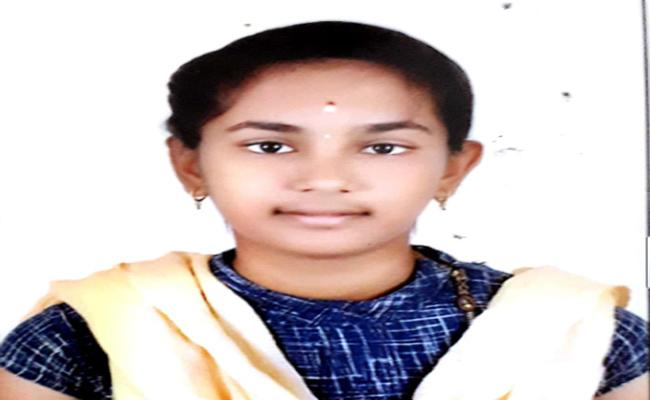 Girl Away From Home After Her Mother Warned Not To Use Tik Tok In Chittoor - Sakshi