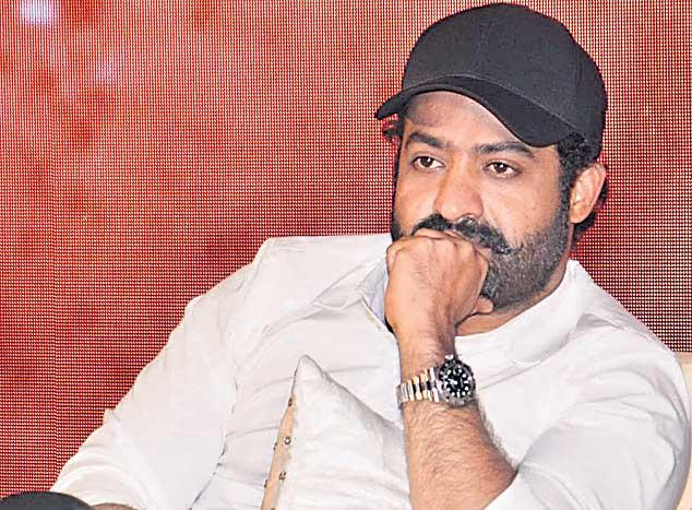 NTR shares a pic of SS Rajamouli from Bulgaria - Sakshi