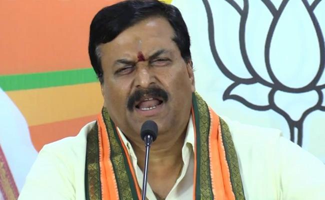 BJP Leader Ponguleti Sudhakar Reddy Comments On KCR - Sakshi
