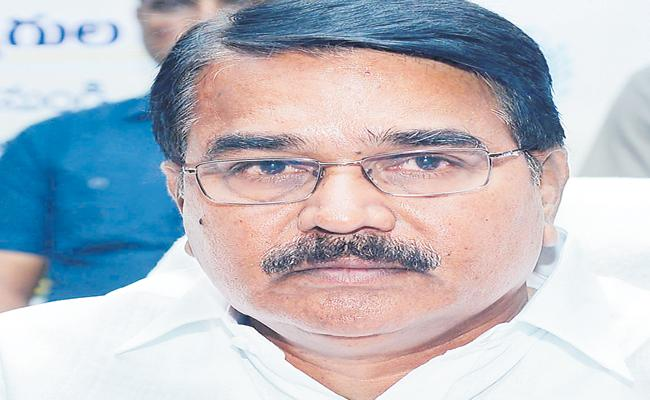 Singireddy Niranjan Reddy About Supplying of Urea in Telangana  - Sakshi
