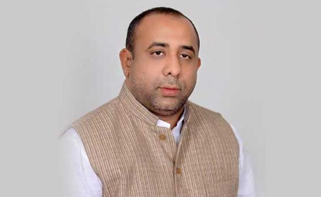Bodhan MLA Shakeel Clarifly Not Join In BJP - Sakshi