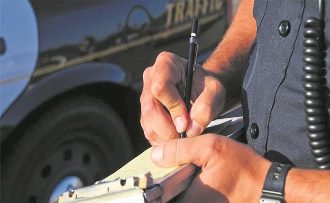 Sakshi Editorial On Motor Vehicle Bill Implimentation - Sakshi