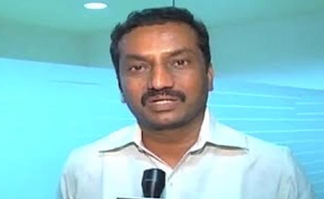 BJP Leader Raghunandan Rao Comments On KCR - Sakshi