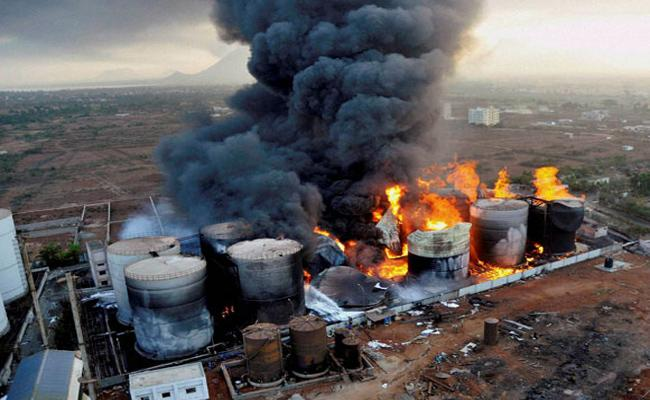 Its Been 23 Years Of Fire Accident IN HPCL Visakhapatnam - Sakshi