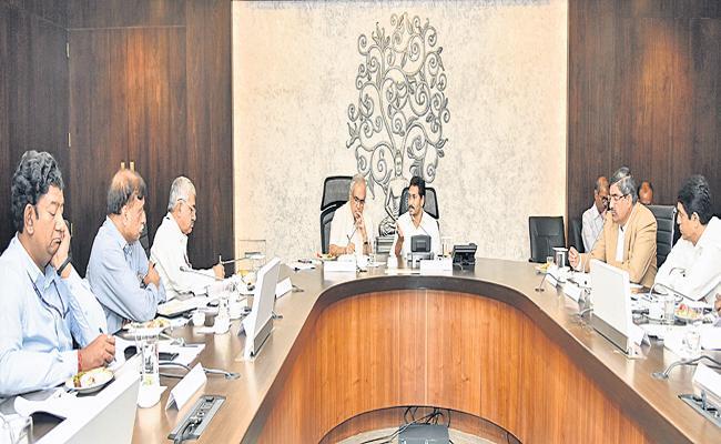 CM YS Jagan appeals to Niti Aayog vice chairman Rajiv Kumar - Sakshi