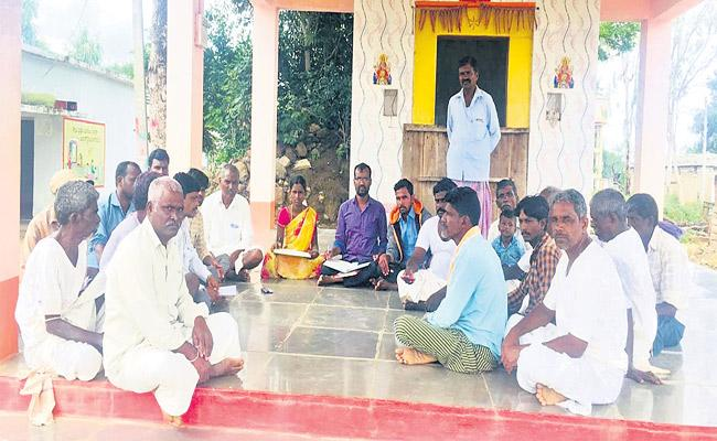 Villagers Banned Liquor In Dharur Mandal  - Sakshi