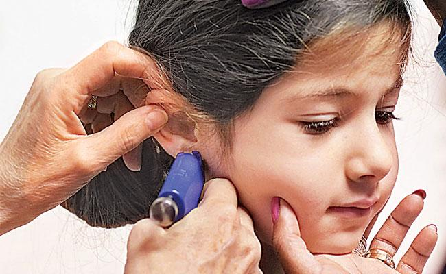Be Careful With No Infection During Ear Piercing - Sakshi