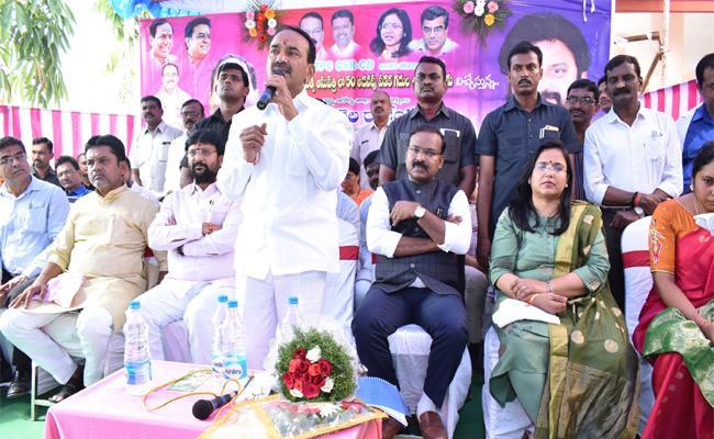 Etela Rajender Said People Dont Afraid On Dengue Fever In Telangana - Sakshi
