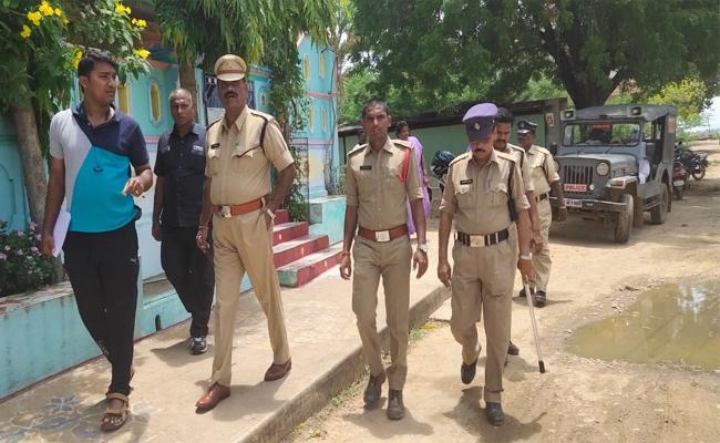 Murder Case in Minagallu PSR Nellore - Sakshi