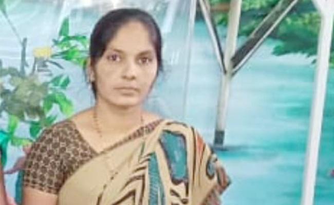 Rajiya Murder Case Reveals Prakasam Police - Sakshi