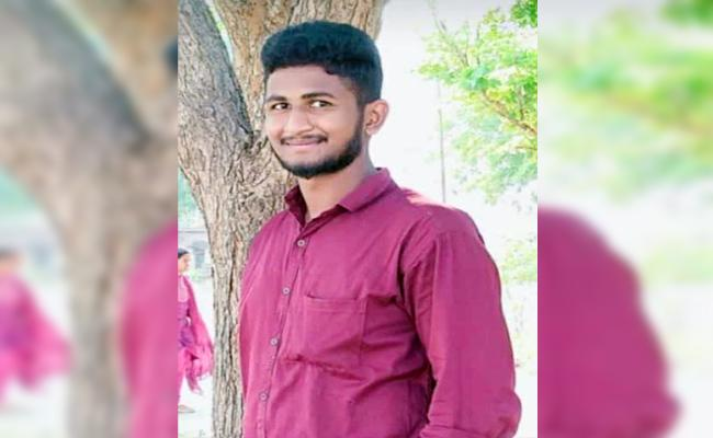 Student Commits Suicide By Taking Insecticide In Mancherial - Sakshi