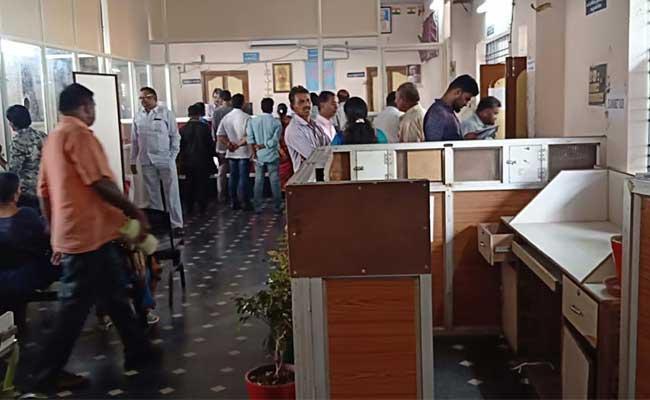 Disputes In Vizianagaram Registration Office - Sakshi