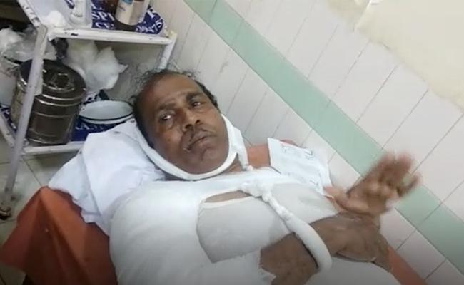 Boat capsizes in Godavari: Witness Describes An Incident - Sakshi