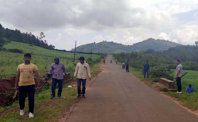 Maoist Action Teams In AOB - Sakshi