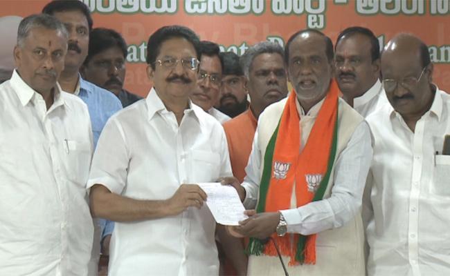 Vidya Sagar Rao Take Member Ship In BJP At Hyderabad - Sakshi