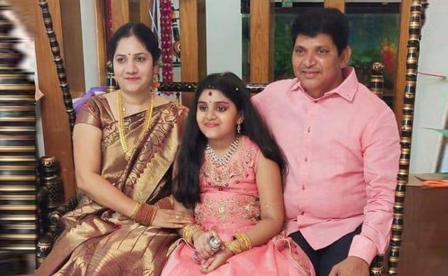 Godavari Boat Accident Victim Madhulatha Lost Her Family - Sakshi