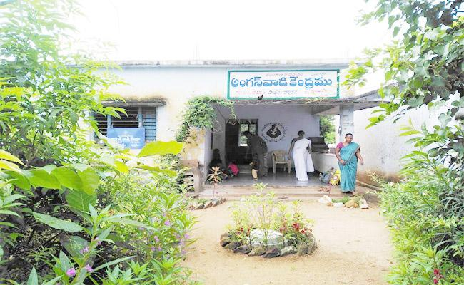 Anganwadi Centres Turn Into Green In Birkur At Kamareddy - Sakshi