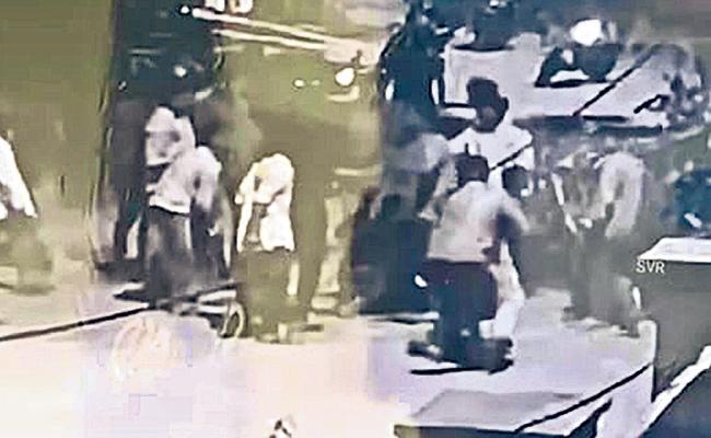 Gang War in Habsiguda Ganesh Mandap - Sakshi