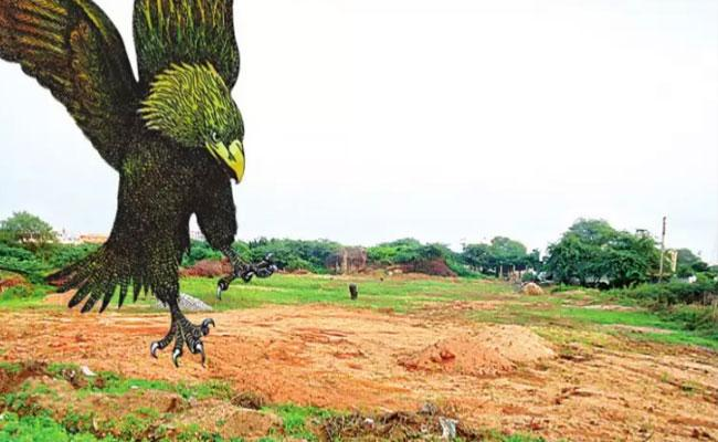 Officials Checks On Government Lands In Yadadri District - Sakshi