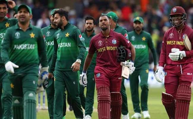 World Cup Effect Pakistan Drop Hafeez And Malik - Sakshi