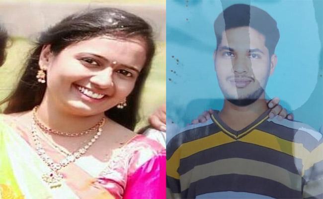 Two From Adilabad Missing In Boat Capsizes In Godavari River - Sakshi