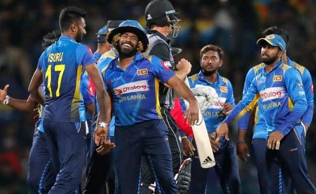 Miandad Says Doesnt Matter Which Sri Lanka Cricketers visit Pakistan - Sakshi