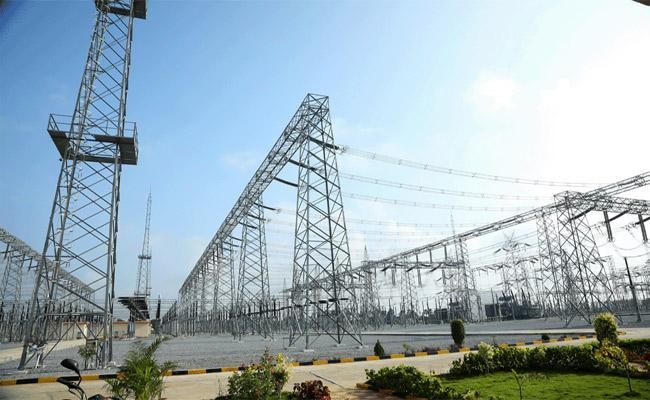 Electricity Problems Due To Officers Negligence In Kamareddy - Sakshi