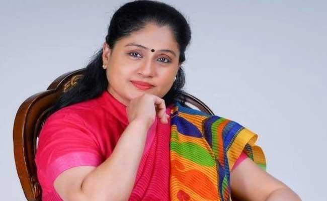 Senior Actress Vijayashanti Interesting Comments In New Heroines - Sakshi