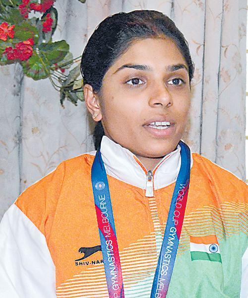 Aruna Reddy To World Artistic Championship - Sakshi
