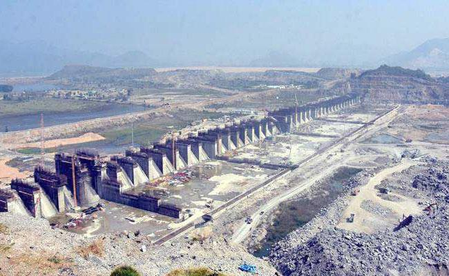 Why TDP Leaders,Yellow Media Perturbed On Reverse Tendering of Polavaram - Sakshi