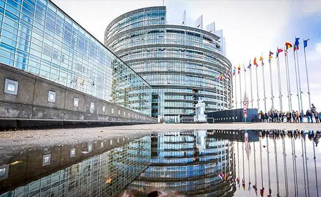 European Lawmakers Slam Pak Over Kashmir Issue - Sakshi