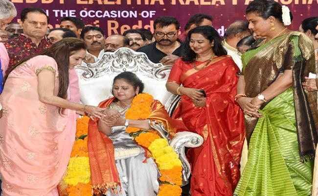 Jayasudha Says She Has Many Fans In Visakhapatnam - Sakshi