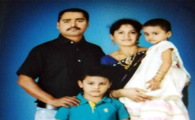 Family Story About Who Missed In Papikondalu Boat Incident - Sakshi