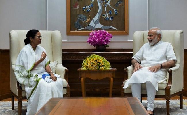 Bengal CM Mamata Banerjee Meets PM Narendra Modi - Sakshi