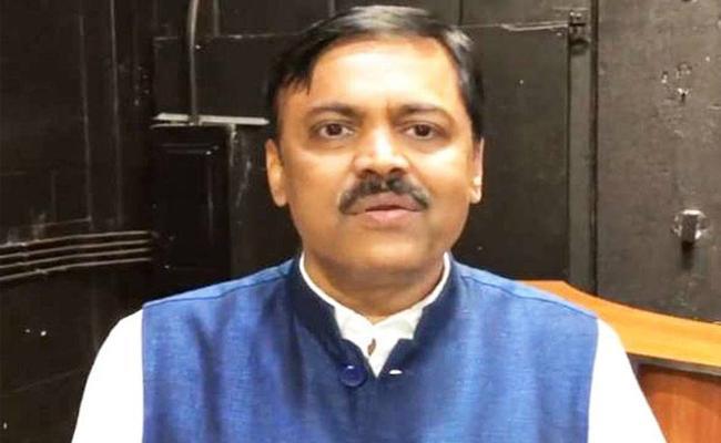 BJP MP GVL Narasimha Rao Demand To Kurnool High Court - Sakshi