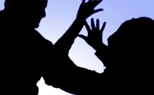 Father Committed Sexual assault On His Daughter In Warangal - Sakshi