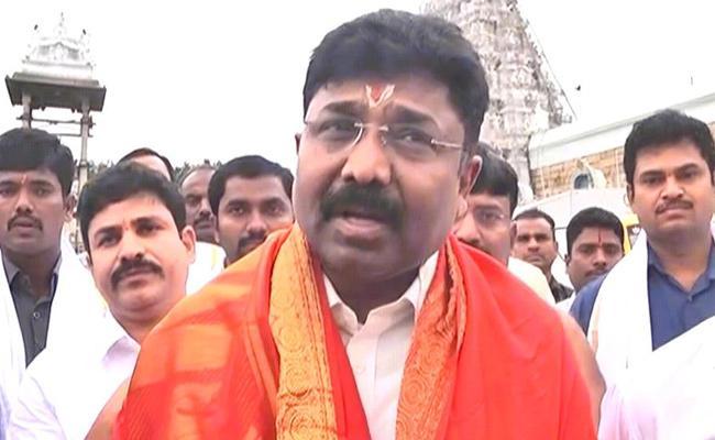 Minister Adimulapu Suresh Visit Tirumala Temple - Sakshi