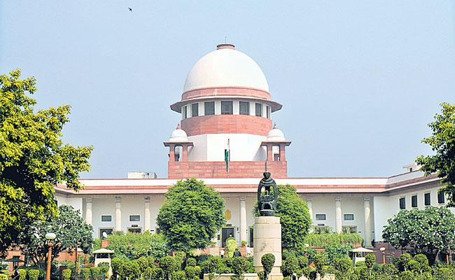 Supreme Court hints at recalling verdict on SC/ST Prevention of Atrocities Act - Sakshi