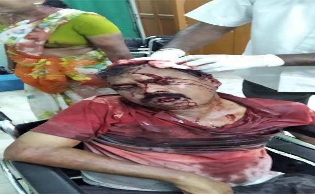 Couple Killed in the Wake of Land Disputes in Narsampet - Sakshi