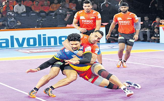 Pro Kabaddi League U Mumba Beat UP Yoddha  - Sakshi