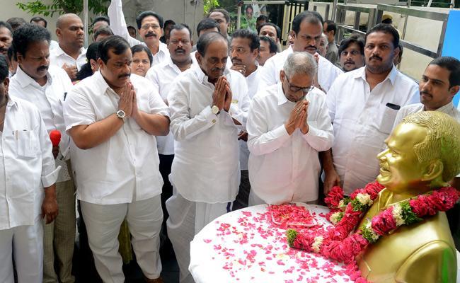 YS Rajasekhara Reddy Death Anniversary - Sakshi