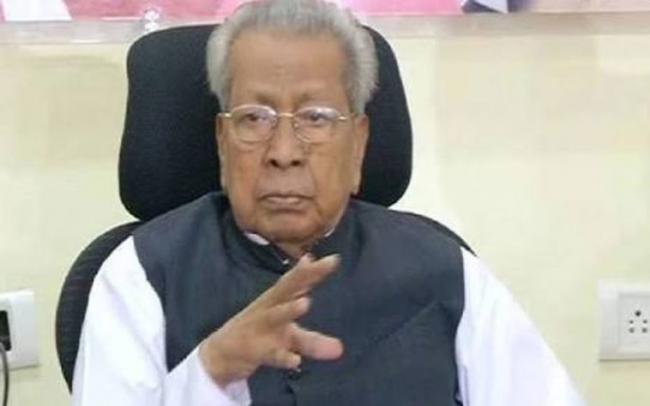 Biswabhusan Harichandan Pays Tribute To YSR On His Death Anniversary - Sakshi
